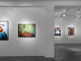 "Pieter Hugo<br><em>La Cucaracha</em><br><span class=""oc-gallery"">Huxley-Parlour</span>"