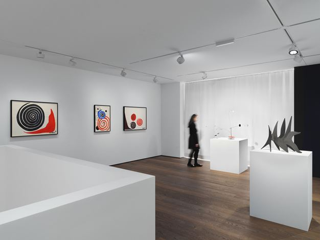Exhibition view: Alexander Calder, Calder, Hauser & Wirth, St. Moritz (13 December 2019–9 February 2020). © 2019 Calder Foundation, New York / Artists Rights Society (ARS), New York / ProLitteris, Zurich. Courtesy the Foundation and Hauser & Wirth.