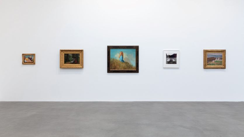 Exhibition view: Group Exhibition, American Pastoral, Gagosian, Britannia Street, London (23 January–14 March 2020). Artwork, left to right: © John Currin, © Winslow Homer, © The Estate of Diane Arbus, © Joseph DeCamp. Courtesy Gagosian. Photo: Lucy Dawkins.