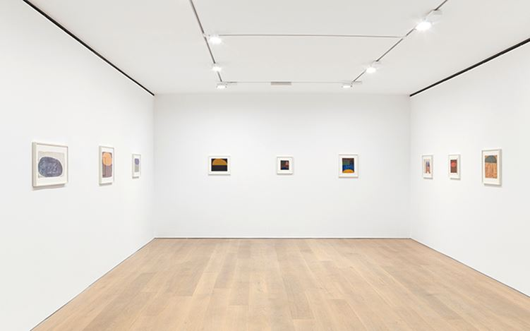 Exhibition view: Suzan Frecon, watercolors and small oil paintings, David Zwirner, London (1 September–23 September 2017). Courtesy David Zwirner, London.