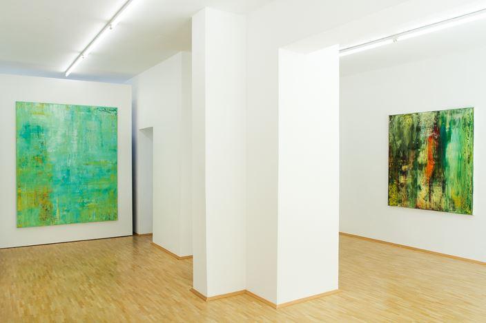 Exhibition view: Charlotte Acklin,Zwischen den Polen - Im Aufbruch, Susan Boutwell Gallery, Munich (11 September–24 October 2020). Courtesy Susan Boutwell Gallery.