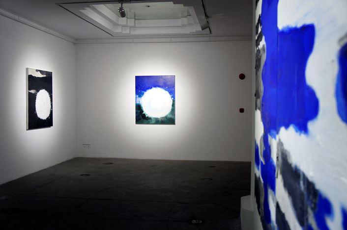 Zhang Jianjun, 'Water・Quintessence', 2016, Exhibition view, Pearl Lam Galleries, Shanghai. Courtesy Pearl Lam Galleries