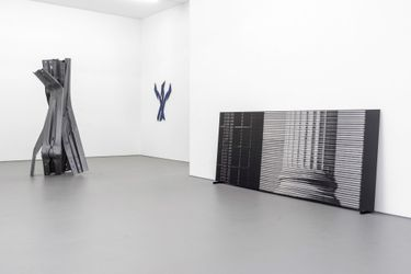 Exhibition view: Bettina Pousttchi, Directions, Buchmann Galerie, Berlin (10 September–30 October 2021). Courtesy Buchmann Galerie.