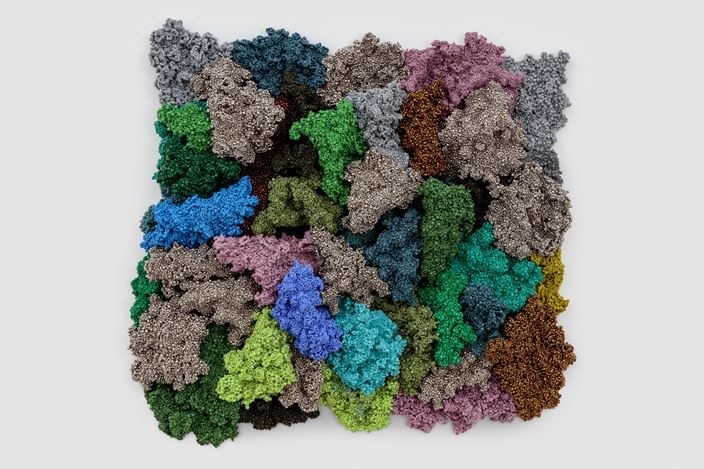 Liza Lou, Lichenform II (2018). Glass beads, thread, and epoxy resin on stainless steel. 64.8 x 68.6 x 11.4 cm. Courtesy Lehmann Maupin.
