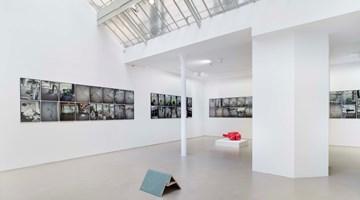 Contemporary art exhibition, Jean-Luc Mouléne, La Vigie (extraits), Paris, 2004–2011 / Plant, Paris, 2002 / Contre-ciel, Paris, été 2005 / La victoire de Bercy, Paris, mai 2007 / Stomac, San Rafael-Tlaquepaque, 2018 at Galerie Chantal Crousel, Paris