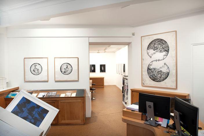 Exhibition view: Jaume Plensa, New prints, Galerie Lelong & Co., 13 Rue de Téhéran, Paris(24 January–9 March 2019). Courtesy Lelong & Co., Paris.