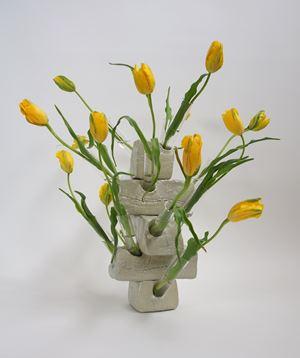 Tulip Vase by Guido Geelen contemporary artwork