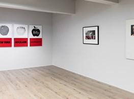 """Billy Apple<br><em>Six Decades 1962–2018</em><br><span class=""""oc-gallery"""">Rossi & Rossi</span>"""