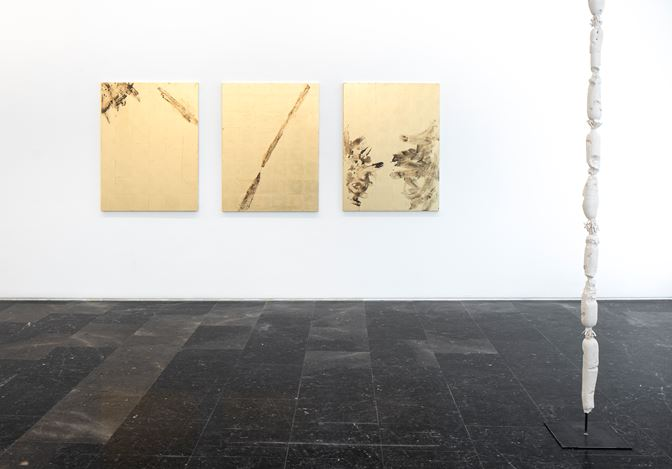 Exhibition view: On the Ground, Luis Adelantado Valencia (15 May–15 September 2020). Courtesy Luis Adelantado Valencia.