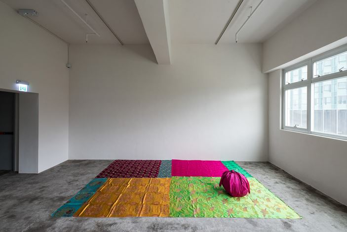 Kimsooja, Deductive Object (1997). Exhibition view: Group Exhibition,Infinitive Mutability, Axel Vervoordt Gallery, Hong Kong (25 March–1 June 2019). Courtesy Axel Vervoordt Gallery.
