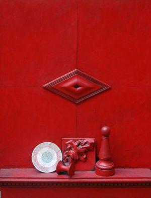 Mensola in rosso by LUCIO DEL PEZZO contemporary artwork