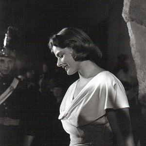 Ingrid Bergman by Walter Carone contemporary artwork