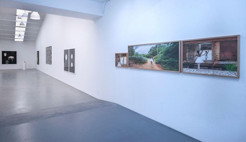 Exhibition view: Group show,Ver versus ver II, Sabrina Amrani, Sallaberry, 52, Madrid (14 October–4 November 2020). Courtesy Sabrina Amrani.