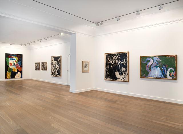 Exhibition view: Pierre Alechinsky and Karel Appel,Travaux à deux pinceaux (1976–1978), Galerie Lelong & Co., 13 Rue de Téhéran, Paris (12 March–30 April 2020). Courtesy Galerie Lelong & Co. Paris.