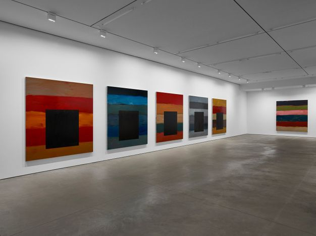 Exhibition view: Sean Scully, The 12 / Dark Windows, Sean Kelly, West 24th Street, New York (6 May–18 June 2021). © Sean Scully. Courtesy Lisson Gallery.