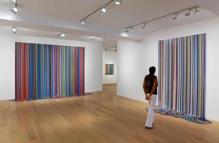 Exhibition view: Ian Davenport, Colourscapes, Waddington Custot, London (20 September–8 November 2018). Courtesy Waddington Custot.