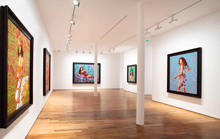 Exhibition view: Kehinde Wiley, Tahiti, Templon, 28 Grenier Saint-Lazare, Paris (18 May–20 July 2019). © Kehinde Wiley. Courtesy Templon, Paris-Bruxelles. Photo:© Bertrand Huet/Tutti.