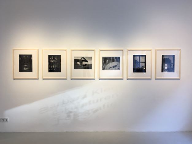 Exhibition view: Barbara Klemm, Sculptures & Photography, Galerie—Peter—Sillem, Frankfurt (29 February–6 June 2020). Courtesy Galerie—Peter—Sillem.