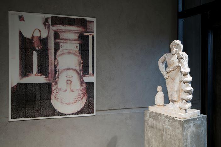 Exhibition view: Justin Matherly,Room #5,KEWENIG, Berlin (28 May—15 June 2019). Courtesy KEWENIG.