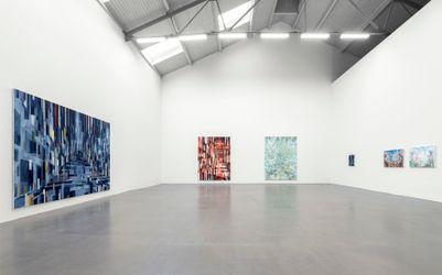 Exhibition view: David Schnell, stereo, Galerie EIGEN + ART Leipzig (18 September–30 October 2021). Courtesy Galerie Eigen + Art. Photo: Uwe Walter, Berlin.