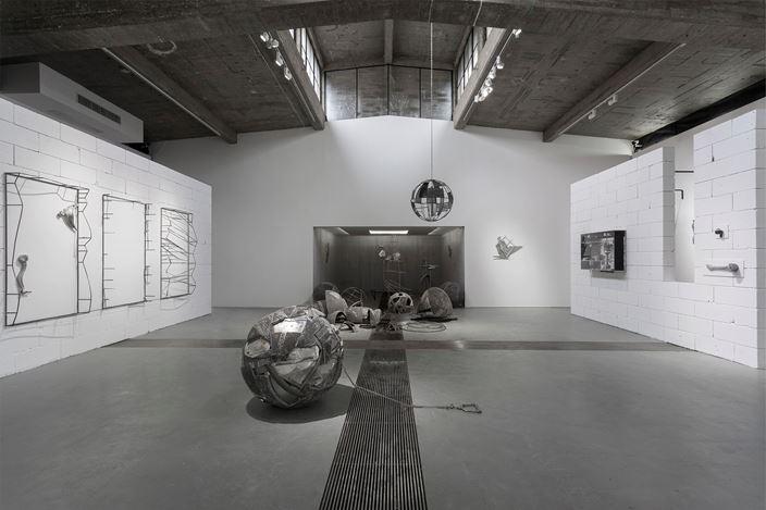Exhibition view: Li Tao, Universe, Tabula Rasa Gallery, Beijing (30 May–30 July 2019). Courtesy Tabula Rasa Gallery.
