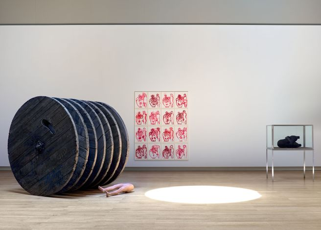 Exhibition view: Louise Bourgeois, Maladie de l'Amour, Hauser & Wirth, Monaco (19 June–26 September 2021). © The Easton Foundation / ADAGP, Paris 2021. Courtesy the Foundation and Hauser & Wirth.