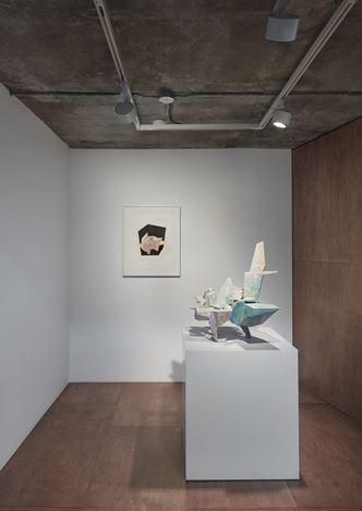 Exhibition view: Group Exhibition, Inside Out: The Body Politic, Lehmann Maupin, Seoul (2 July–22 August 2020). Courtesy Lehmann Maupin, New York, Hong Kong, and Seoul. Photo: OnArt Studio.