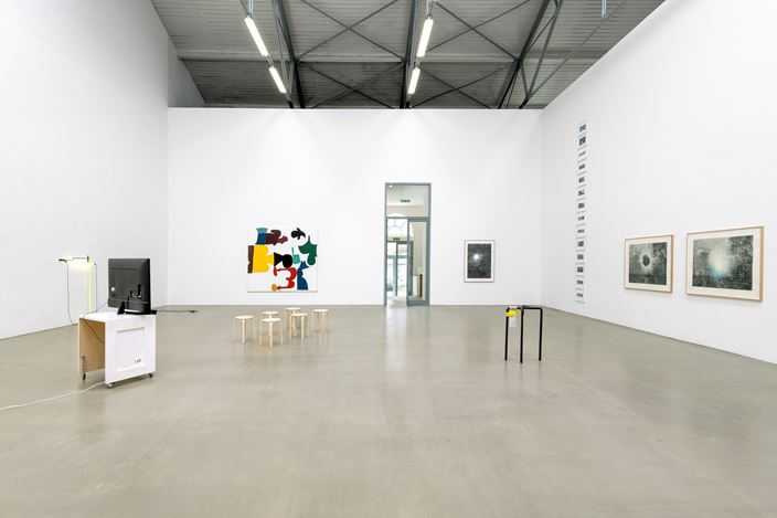 Exhibition view: Group Exhibition, not everything means something, honey, Galerie EIGEN + ART, Leipzig (3 August 2019–31 August 2019). Courtesy Galerie EIGEN + ART.Photo: Uwe Walter, Berlin.