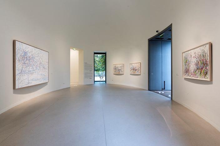 Exhibition view: Janaina Tschäpe, Contemporary counterpoint #5, Musée l'Orangerie, Paris (21 October 2020–15 February 2021). Photo: © Sophie Crépy / Musée de l'Orangerie.