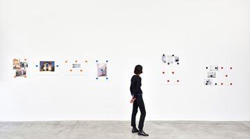 Contemporary art exhibition, Niele Toroni, Un tout de différences at Galerie Marian Goodman, Paris
