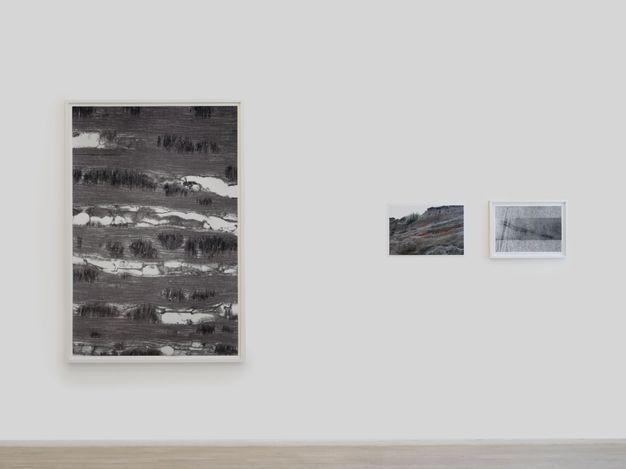 Exhibition view: Peter Piller, different degrees of completeness, Galerie Barbara Wien, Berlin, (11 September–6 November 2021). Courtesy Barbara Wien.