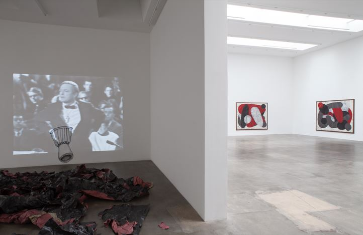 Exhibition view: Tony Lewis, Charlatan And Ultimately A Boring Man, Blum & Poe, Los Angeles (1 June–6 July 2019). © Tony Lewis. Courtesy the artist and Blum & Poe, Los Angeles/New York/Tokyo.