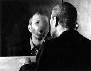 Der Fleck auf dem Spiegel, den der Atemhauch schafft by Dieter Appelt contemporary artwork