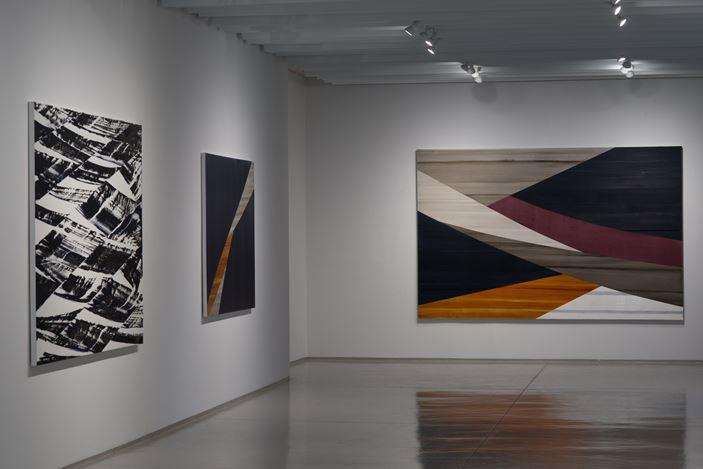 Exhibition view: Ricardo Mazal, Full Circle, Sundaram Tagore Gallery, Chelsea, New York (12 November–19 December 2020).Courtesy Sundaram Tagore Gallery.