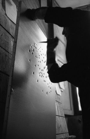 Lucio Fontana, The Sun, Milan (4) by Ugo Mulas contemporary artwork