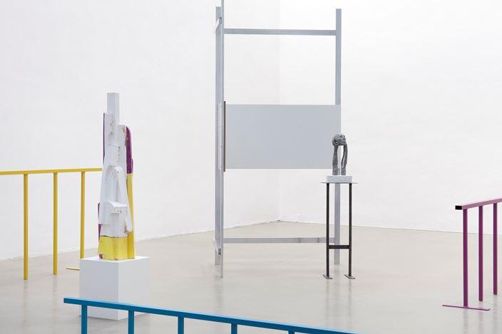 Exhibition view: Kai Schiemenz, Once Over Easy, Galerie EIGEN + ART, Leipzig. Courtesy Galerie EIGEN + ART. Photo: Otto Felber, Berlin.