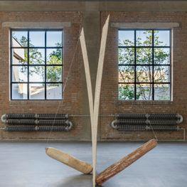 Wang Lijun contemporary artist