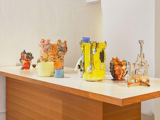 Exhibition view: Group Exhibition, ±8 - A Group Exhibition of Contemporary Ceramics,SHOP Taka Ishii Gallery, Hong Kong (12 July–8 September 2019).Courtesy SHOP Taka Ishii Gallery. Photo: KITMIN LEE.