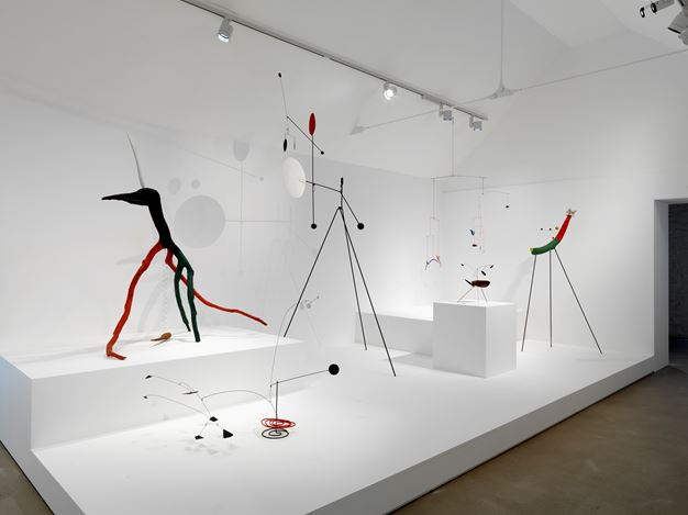 Exhibition view: Alexander Calder, From the Stony River to the Sky, Hauser & Wirth, Somerset(26 May–9 September 2018). Courtesy Hauser & Wirth.