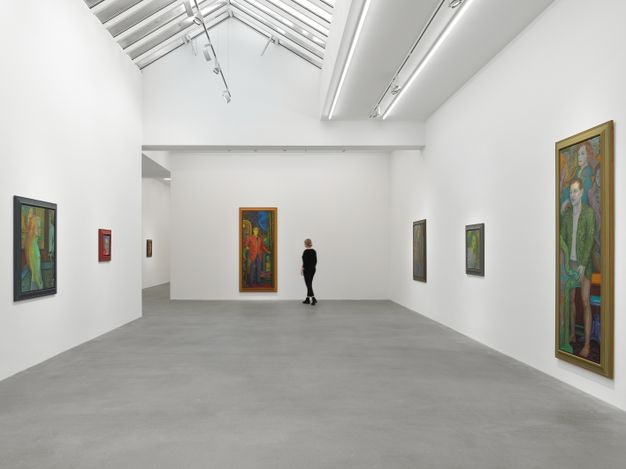 Exhibition view: Steven Shearer, Working from Life, Galerie Eva Presenhuber, Waldmannstrasse, Zurich (4 September–16 October 2021). © Steven Shearer. Courtesy the artist and Galerie Eva Presenhuber, Zurich / New York.