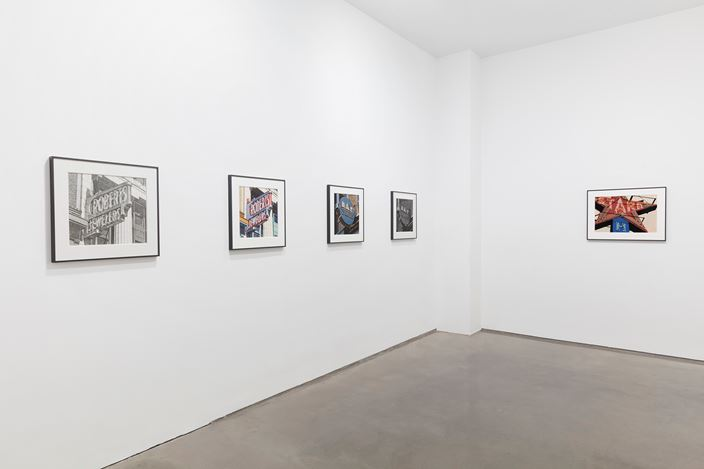 Exhibition view: Robert Cottingham, Ameringer | McEnery | Yohe (7 September–7 October 2017). Courtesy Ameringer | McEnery | Yohe.