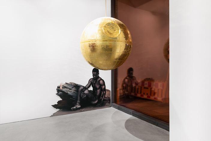 Exhibition view:Michael Müller, Bikini on Mars, Galerie Thomas Schulte, Berlin (9 September–31 October 2020). Courtesy Galerie Thomas Schulte. Photo:Stefan Haehnel.