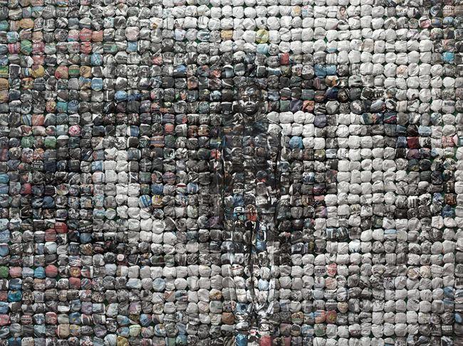 Your World by Liu Bolin contemporary artwork