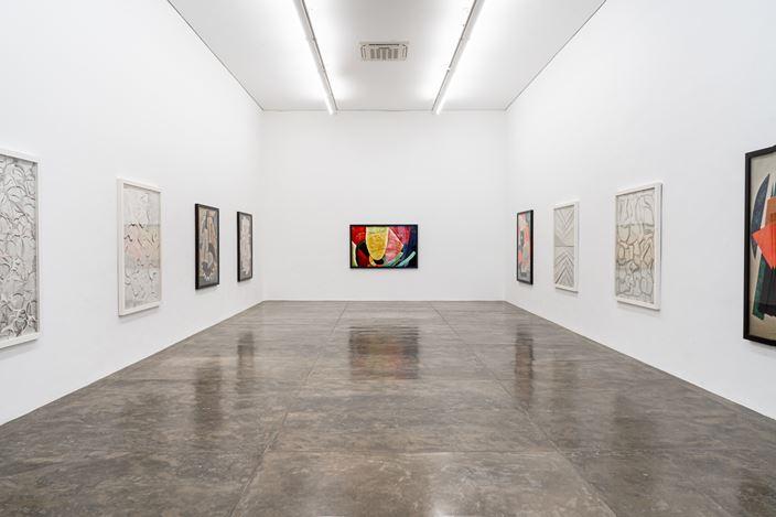 Exhibition view: Vik Muniz, Superfícies,Galeria Nara Roesler, São Paulo (24 October 2019–30 January 2020). Courtesy Galeria Nara Roesler.