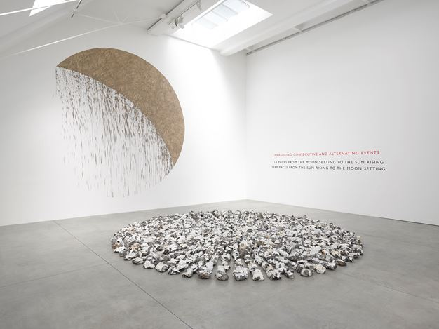 Exhibition view: Richard Long, Circle to Circle, Lisson Gallery, Bell Street, London (11 May–23 June 2018). Courtesy Lisson Gallery.