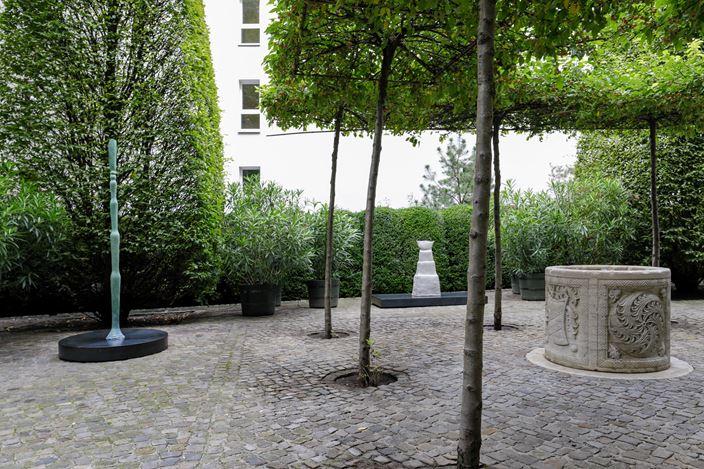 Exhibition view:Leiko Ikemura,Pleasure Garden, Kewenig, Berlin (9 September–7 November 2020). © Leiko Ikemura and VG Bild-Kunst, Bonn. Courtesy Kewenig. Photo: Lepkowski Studios, Berlin.