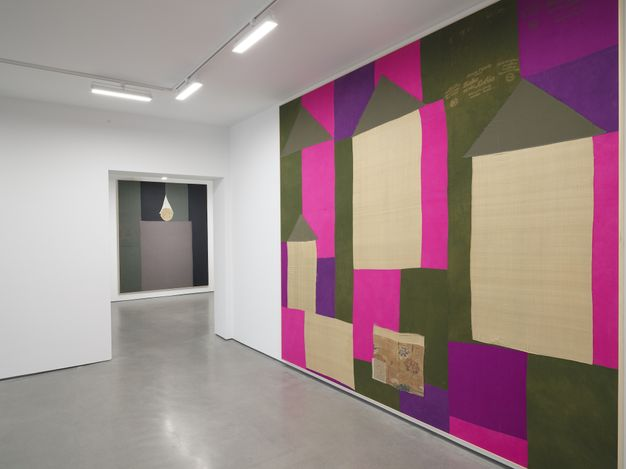 Exhibition view: Lawrence Calver, On the Off Chance, Simchowitz, Los Angeles (12 June–3 July 2021). Courtesy Simchowitz.