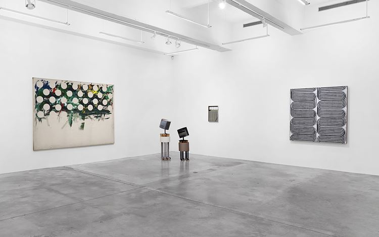 Exhibition view: Group Exhibition, Tina Kim Gallery Presents: Art Without Borders, Tina Kim Gallery, New York (30 November 2020–31 January 2021). Courtesy Tina Kim Gallery.