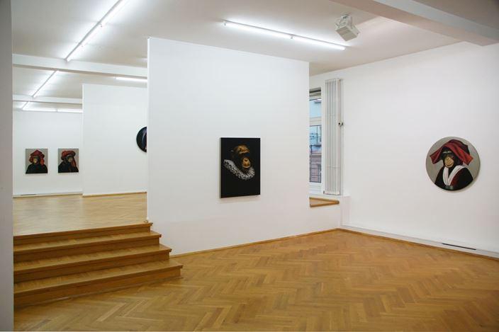 Exhibition view: Stefan à Wengen, Le Singe Peintre,Bernhard Knaus Fine Art, Frankfurt (7 February–23 May 2020).Courtesy Bernhard Knaus Fine Art.