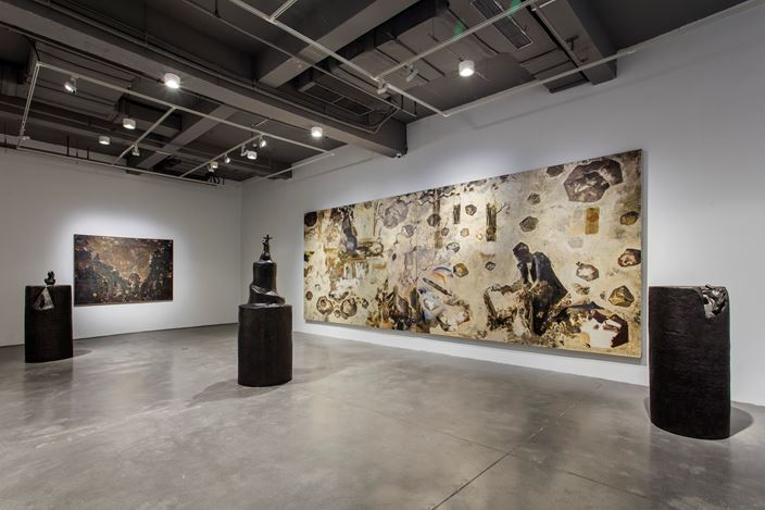 Exhibition view: Jing Shijian,The Snail's Universe and Playful Landscape, Arario Gallery, Shanghai (26 May–29 July 2018). Courtesy Arario Gallery.